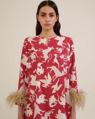 PRINTED LONG TOP WITH FEATHERS